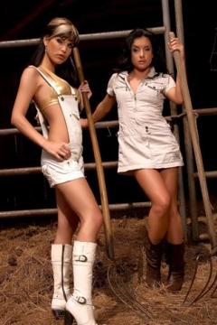 Katja and Nella