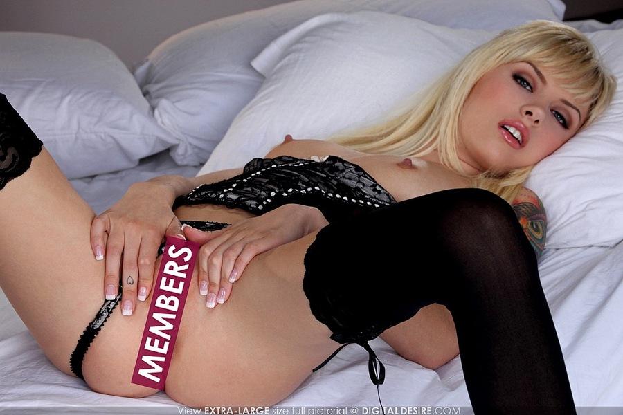 Порно фото моделей блондинка 23531 фотография